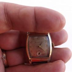 Ceas de mana mecanic,marca BULOVA,in stare de functionare.