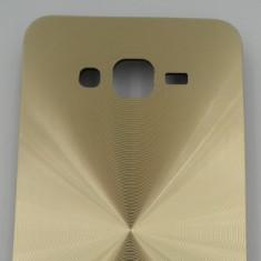 Toc plastic rigid SPIRAL Apple iPhone 5 / 5s GOLD - Husa Telefon Apple, iPhone 5/5S/SE