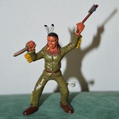 Jucarie figurina indian cu topor si cutit, 11cm, colectie, decor, diorama