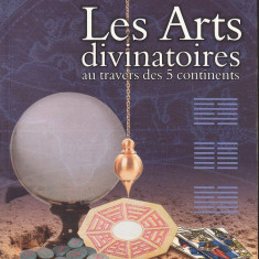Sylvie Simon - Les Arts divinatoires au travers des 5 continents - 35174 - Carte in franceza