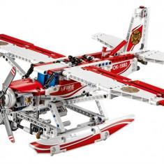Avion De Stingere A Incendiilor - LEGO Technic