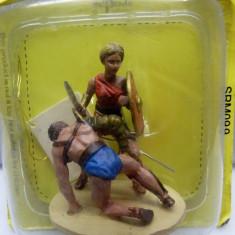 Soldat din plumb - Female gladiator scara 1:32
