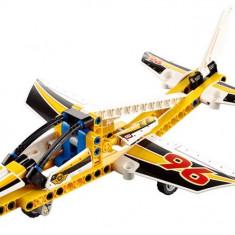 Avion De Acrobatii - LEGO Technic