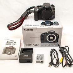 Vand DSLR Canon EOS 550d in stare foarte buna, Peste 16 Mpx