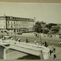 Oradea - bihor - masina - circulata 1966 - 2+1 gratis - RBK12660 - Carte Postala Banat dupa 1918, Fotografie