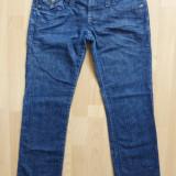Blugi Armani Jeans Indigo 008 Series; marime 26, vezi dimensiuni; ca noi - Blugi dama Armani Jeans, Culoare: Din imagine, Lungi