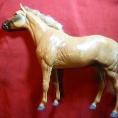 Figurina Cal Jucarie, inscriptionat PP= Anglia, dim.= 23, 5 cm - Figurina Animale