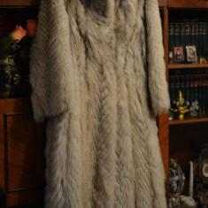 Haina de blana naturala din Vulpe Polara - dama, provenienta Germania
