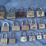 Lot 20 lacate vechi - Metal/Fonta