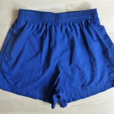Pantaloni scurti Adidas; marime 38, vezi dimensiuni exacte; impecabili, ca noi - Pantaloni dama, Culoare: Din imagine