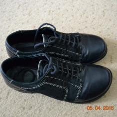 Pantofiori negri din piele - Pantofi copii, Culoare: Negru, Marime: 35