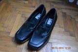 Pantofi negri de piele, 38, Negru, Cu talpa joasa