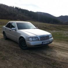Mercedes-Benz C220, An Fabricatie: 1995, Motorina/Diesel, 240000 km, 2170 cmc, Clasa C