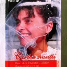 """""""CARTEA NUNTII"""", Danion Vasile, 2004.  Carte noua, Alta editura"""