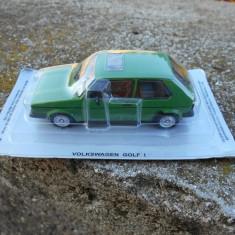 Macheta Volkswagen Golf I  Masini de Legenda Polonia scara 1:43