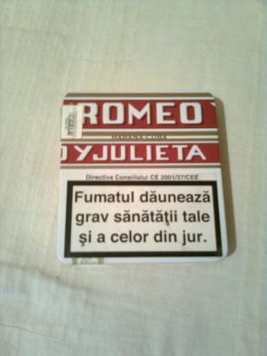 "TABACHERA ( CUTIE ) METALICA PENTRU TIGARI ,,ROMEO Y JULIETA "" foto"