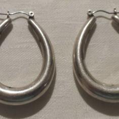 Cercei argint vintage executati manual Vechi Masivi Impunatori si de Efect - Bijuterie veche
