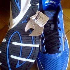 Adidasi Mizuno Crusader 8 -42.5, 43, 45-produs original- IN STOC - Adidasi barbati Mizuno, Culoare: Albastru