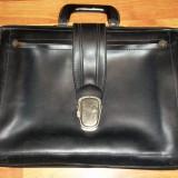 geanta/ servieta neagra RSR anii '60-'70 13 Decembrie Sibiu model rar
