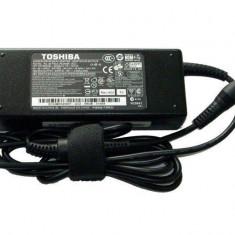 Incarcator original laptop Toshiba Satellite Pro L450D - Husa laptop
