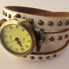 Ceas vintage curea cu tinte alb - Curea ceas material textil Hello Kitty