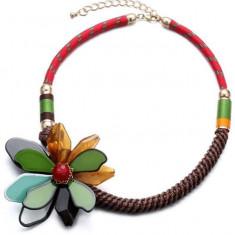 AC1074 Colier colorat, cu accesoriu floare