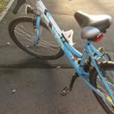 Bicicleta aproape noua