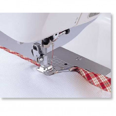 Piciorus pentru atasat bentita pe marginea materialului cu latime la gata de 7mm
