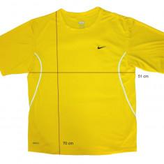Tricou sport NIKE Dri-Fit ca nou, calitativ (L) cod-171987 - Tricou barbati Nike, Marime: L, Culoare: Din imagine, Maneca scurta