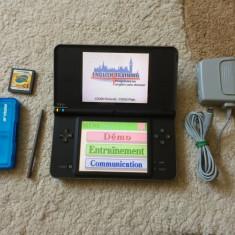 Nintendo DSI XL + 2 jocuri + stilou + incarcator original STARE BUNA - Consola Nintendo
