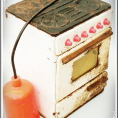JUCĂRIE ROMÂNEASCĂ VECHE DIN ANII 1970 - ARAGAZ CU BUTELIE - FĂCUTĂ DIN TABLĂ! - Jucarie de colectie