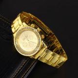 Ceas dama Geneva auriu bratara metalica cadran cu cristale superb cutie cadou, Elegant, Quartz, Metal necunoscut