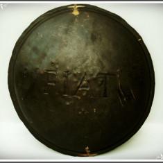 RAR! CAPAC VECHI DE JANTĂ DIN ALAMĂ DE LA O MAȘINĂ DE EPOCĂ - FIAT, 1930 / 1940!