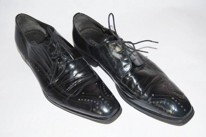 Pantofi barbatesti din piele, marimea 44 foto mare