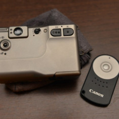 Vand Canon Ixy cu telecomanda originala RC-5 pentru DSLR-uri Canon - Aparat Foto compact Canon