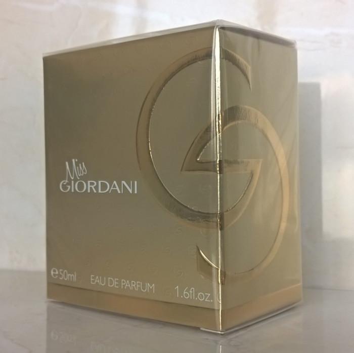 Apă de parfum Miss Giordani (Oriflame)