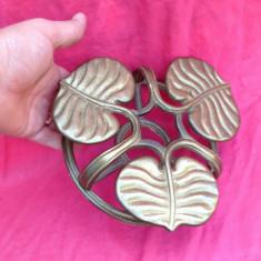 Deosebit suport din bronz pentru oale fierbinti !!! - Metal/Fonta