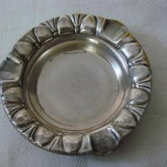 Scrumiera din alama argintata - perioada anilor 1930
