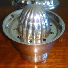 Nr 366 Storcator fructe foarte vechi argintat Apollo - Metal/Fonta