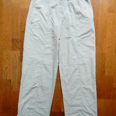 Pantaloni Nike; marime S (4-6), vezi dimensiuni exacte; impecabili, ca noi - Pantaloni dama, Marime: S, Culoare: Din imagine