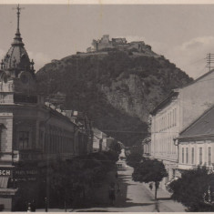 DEVA, STR. REGINA MARIA, MAGAZIN ZIARE SI TUTUN, FRATII HIRSCH, FOTOFILM CLUJ - Carte Postala Transilvania dupa 1918, Necirculata, Fotografie