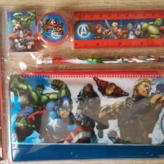 Set 5 piese rechizite Avengers - Set rechizite