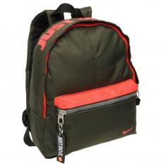 Ghiozdan Nike Mini Base - Original - Anglia - Dimensiuni H30 x W25 x D10 cm