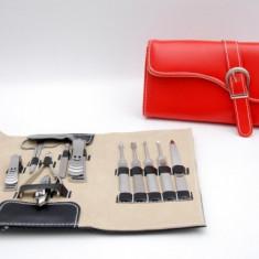 Trusa - portofel pentru manichiura si pedichiura cu 11 piese de inalta calitate - Trusa manichiura