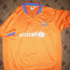 Tricoul Echipei Fotbal F.C.Barcelona cu ocazia Galei UNICEF, Jucator HAN - Tricou echipa fotbal, Marime: L, Culoare: Din imagine