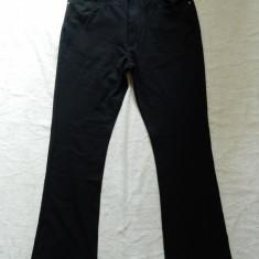 Blugi Gucci Jeans Made in Italy; marime 32, vezi dimensiuni exacte; ca noi - Blugi barbati, Culoare: Din imagine