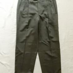 Pantaloni costum de gala: 82 cm talie, 99.5 cm lungime, 69.5 cm crac interior etc. - Pantaloni barbati, Marime: Masura unica, Culoare: Din imagine