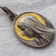 Medalion Fecioara Maria cu aura sfanta poleita cu Aur delicat finut Splendid