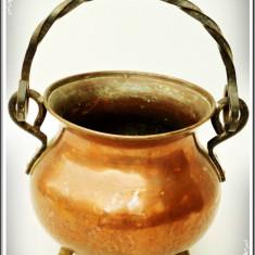CEAUN / CĂLDĂRUȘĂ VECHE FĂCUTĂ MANUAL DIN CUPRU ȘI BRONZ, CAP. 1 LITRU - 0, 5 KG! - Metal/Fonta, Vase