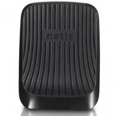 Router wireless Netis WF-2420 300N plus PANDA Internet Security 3 useri, Porturi LAN: 4